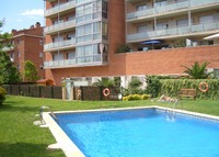 Flat with swg. pool near Barcelona. Echange arranged for summer 2015