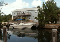 Waterfront 3 bed/2 bath house on a tropical island in the Florida Keys