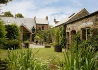 Period house, Durham city with separate Barn living quaters in garden
