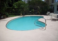 Singer Island, Fl 3 Bdrm Pool Home 1 block to Beautiful Beach