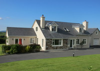 Wild Atlantic Way! Large family home. Fantastic views. Surprise us!