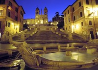The heart of Rome close to Spanish Steps for new years eve in Brazil!