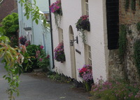 Hythe Seaside town in Kent, 300 year old cottage, private garden.