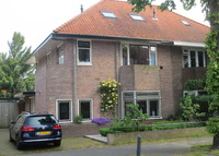 Family House in Amsterdam suburb (Hilversum), city center 20m by train