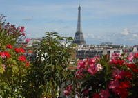 PARIS Fantastic penthouse with 2 terraces + great Eiffel Tower views !
