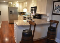 French Quarter 3BR - Sunny, Quiet Condo with Parking!!!