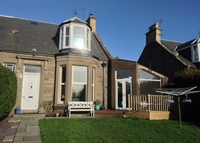 4 bedroom house 5 mins walk from the beach in Carnoustie, Scotland.