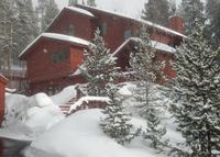 Private Home with Majestic Ski Slope Views; sleeps 2-4