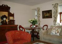 Edinburgh Central 2 bed apt and lovely 3 bed Highland Holiday Cottage