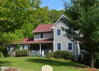 Fantastic 3 BR home for a dream vacation in the Blue Ridge mountains!