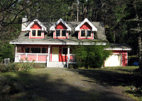 3 Bed, 2 Bath Pender Island; Canada West Coast Cape Cod; Jacuzzi Bath.