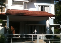 5 bedroom, resort style living on golf course with pool, 30mins to KLC