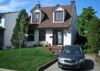 House close to Montreal - EXCHANGE AGREED FOR SUMMER 2015