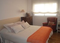 Sunny and spacious flat in a quiet street well comunicated to center.