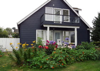 Cape Cod style Cottage on Oregon Coast.   Sleeps 6/Master Main Floor