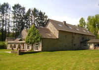 Stunning 17th century manor house on 12.3 acres with 5 horses