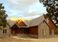 Luxury Mountain Retreat, 7 Miles from Zion National Park