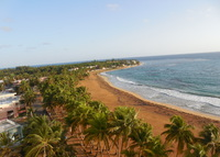 King Sized 1 bedroom Condo on Playa Azul Beach