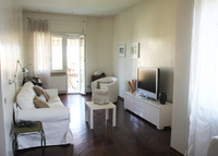 Bright and sunny flat in the green and lively Città Giardino area