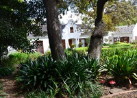 Lovely family home near Cape Town (Dec/Jan 2015/16 booked)