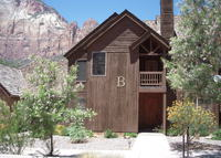 Spacious condo in Springdale, Utah, next to Zion National Park