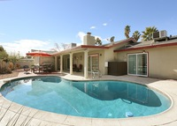 Large 3BR with pool, 5 mins to the world Famous 'Las Vegas Strip'