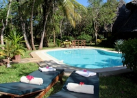 5 bedroom villa with private pool , walking distance from Diani beach