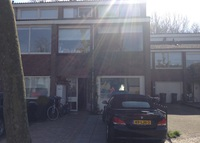 family home with 3 bedrooms 20 minutes from center of amsterdam