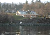Vancouver Island, Ladysmith: Oceanfront holiday home in Saltair
