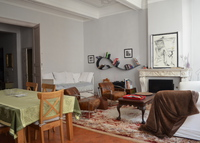 Large 2 bedroom historic flat, center of beautiful Aix-en-Provence