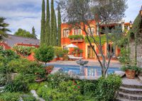 Gracious home (sleeps 10) w/ solar heated lap pool, gardens & casita