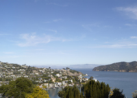 5 Bedroom home with breathtaking views, can walk to ferry/Tiburon