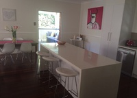 5 bedroom home with pool inner Brisbane, very close to inner city.
