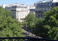Haussmann Style 3 bedrooms flat in Paris
