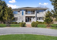 Gorgeous Designer Home in The Hamptons!