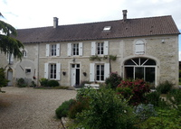 France Bourgandy (wine), 2 hours from Paris center. Old Farm House