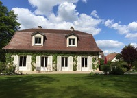 Big house with beautiful garden near Chantilly, 25 min from Paris