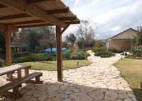 2 Bedroom beautiful country house, 15 minutes from Jerusalem