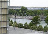 A modern flat in Paris with a view on the Seine and the BNF