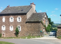 Beautiful farmhouse with panoramic views over the Aveyron countryside.