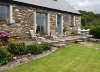 Picturesque cottage with great views 5 minutes from Westport town