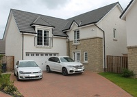 Beatuiful five bedroom house on the outskirts of Edinburgh!