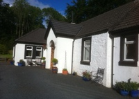 Rural cottage in woodland with ten minute drive to coast and town.