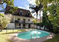 Lovely 5BR home in Sydney's Rose Bay - family haven.
