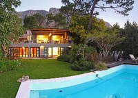 Stunning family home with pool on the doorstep of Table Mountain
