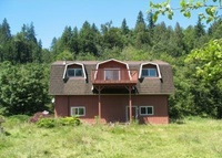 3BR home on trout stream, biking/hiking, 40 mins to SEA