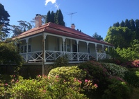 Delightful 5 bedroom home in the Blue Mountains near Sydney