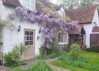 Charming 18th century cottage nr Henley, Oxfordshire, UK