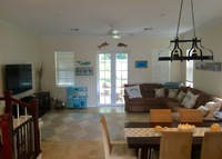 Bahamas Island Townhouse - 2 Bedroom, close to the beach!