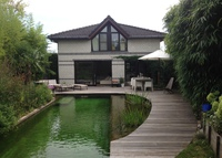 Modern villa with swimming pond and bamboo garden 10 min from Brussels